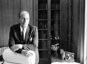 Nicholas Katzenbach, alto funcionario de Justicia en las Administraciones de Kennedy y Johnson, en 1965.