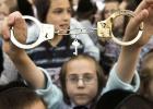 Miles de ultraortodoxos protestan contra la mili obligatoria