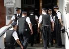 Reino Unido amenaza con detener a Assange en la embajada de Ecuador