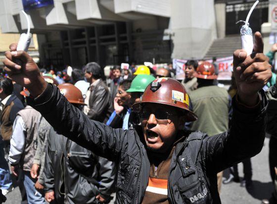Un conflicto minero pone un cerco a la ciudad de La Paz