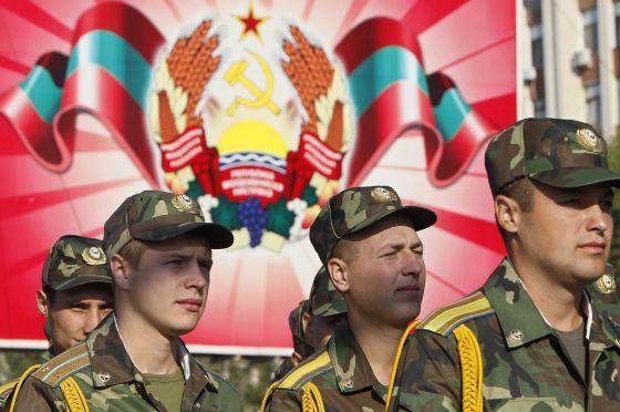 Soldados participan en un desfile militar durante la celebración de la independencia, el pasado 2 de septiembre.