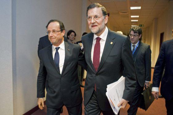 François Hollande y Mariano Rajoy, ayer en Bruselas.