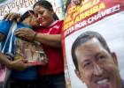 El mito de Chávez llena su vacío