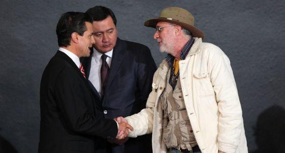 Peña Nieto y Osorio Chong, con Sicilia.