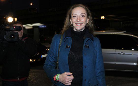 Florence Cassez ha su llegada a un estudio de televisión para una entrevista, este viernes en París.
