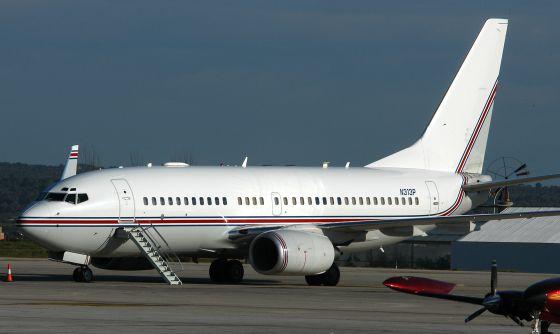 Un Boeing 737 con matrícula N313P en el aeropuerto de Palma de Mallorca el 23 de enero de 2004.