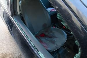 Restos de sangre y cristales en el vehículo donde fue tiroteado Chokri Belaid.