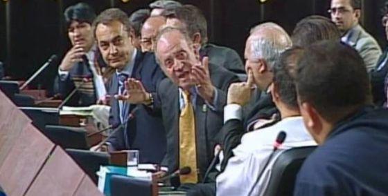 El Rey manda callar a Chávez en 2007, en Santiago de Chile.