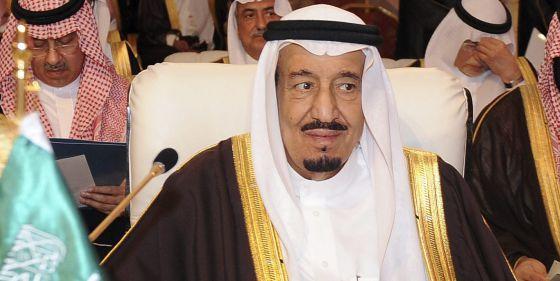 Un tribunal de Arabia Saudí sentencia que dejen paralítico a un joven de 24 años