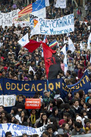 Protesta estudiantil en Santiago de Chile este jueves.
