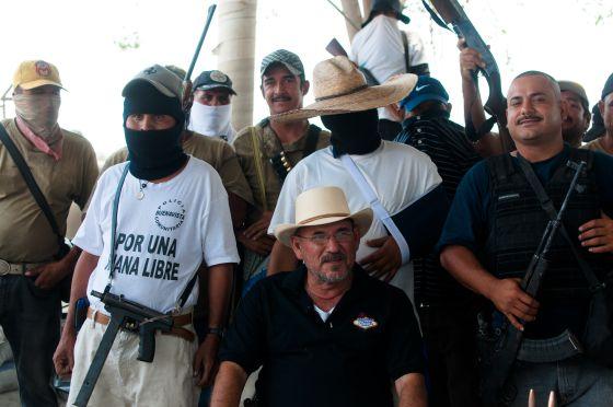 Hipólito Mora, líder de los grupos de autodefensa ciudadana de La Ruana.