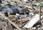 Tras la tragedia, Oklahoma afronta la recuperación en pleno duelo