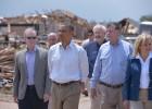Obama visita las zonas afectadas por el tornado en Oklahoma