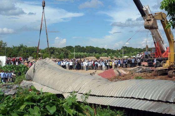 Marcha de trabajadores textiles en Camboya para reclamar un mejor sueldo
