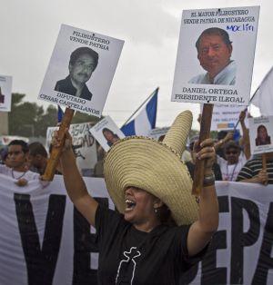 Manifestación ante la Asamblea contra el proyecto de construcción del canal de Nicaragua, el pasado día 13.