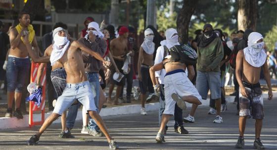 Disturbios a las puertas del Brasil-Uruguay este miércoles.