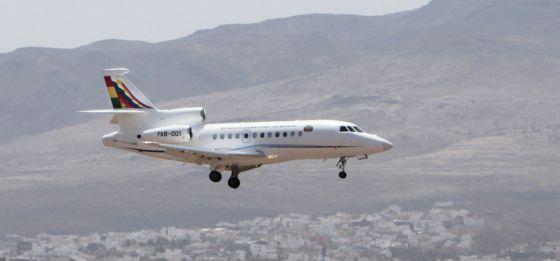 El avión presidencial de Evo Morales, a su llegada a Las Palmas tras pasar 13 horas retenido en Viena, el pasado 3 de julio.