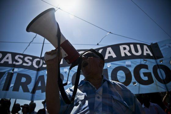 Manifestación, el sábado, para exigir la dimisión del Gobierno de Portugal.