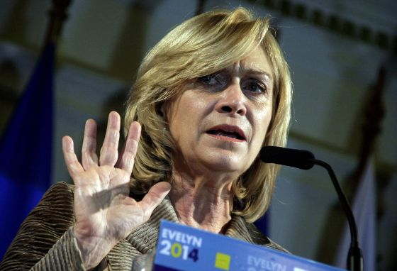 Matthei se convierte en la candidata presidencial única de la derecha chilena