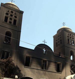 Fachada de la iglesia Príncipe Tadros, quemada el jueves.