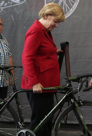 Merkel, en el primer día de la feria Eurobike 2013.