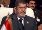Morsi desafía a los militares en Egipto