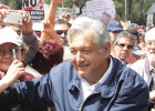 Obrador exige un referéndum sobre la reforma energética en México