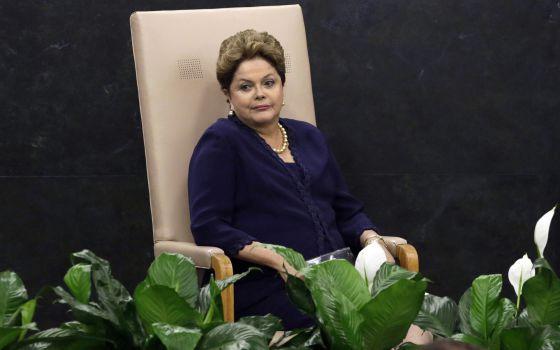 Dilma Rousseff aguarda su turno para intervenir ante la Asamblea General de la ONU.