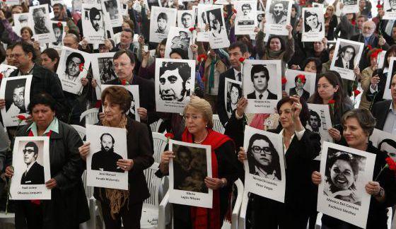 Michelle Bachelet en el antiguo centro de tortura de Villa Grimaldi.