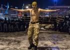 La protesta en Ucrania se refuerza pese al desalojo policial