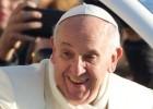 El papa celebra su cumpleaños desayunando con vagabundos