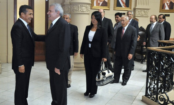 El presidente de Perú, Ollanta Humala, se reúne con líderes políticos de su país para informar de la agenda del ejecutivo ante el fallo de La Haya.