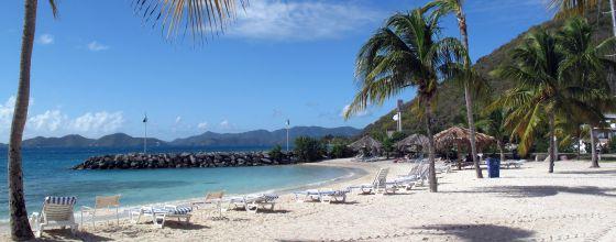 Una de las playas de Road Town, capital de Tortola, la principal de las Islas Vírgenes Británicas.