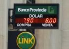 El Banco Central vuelve a vender dólares para evitar la devaluación