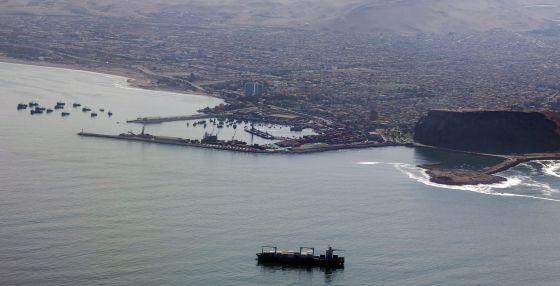 Panorámica del puerto fronterizo de Arica (Chile), el 24 de enero.