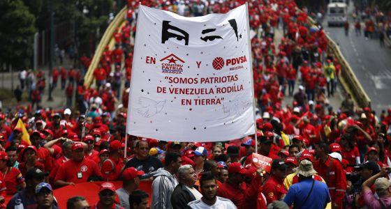 Simpatizantes del presidente Nicolás Maduro marcharon este martes en Caracas.