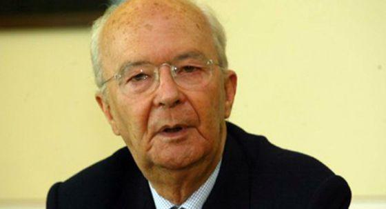 José Menéres Pimentel, ministro y jurista portugués