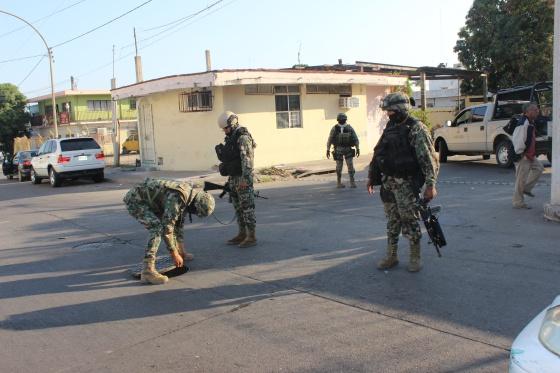 Soldados de la Marina, en la búsqueda de Zambada en Culiacán.