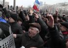 Manifestantes prorrusos toman la sede del Gobierno en Donetsk