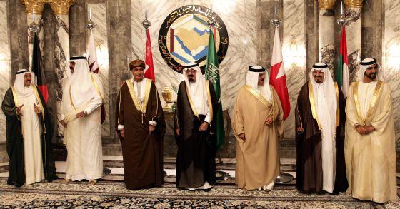 Arabia Saudí, Emiratos Árabes y Bahréin retiran sus embajadores de Catar