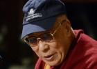 El Dalai Lama elogia al Papa por su interés por los más necesitados