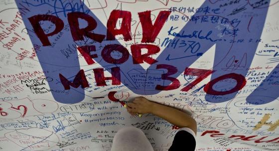 El vuelo MH370, más de dos semanas con muchas dudas y pocas certezas