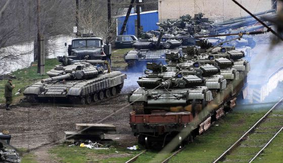 Fuerzas mnilitares en la ciudad de Sebastopol, Crimea.
