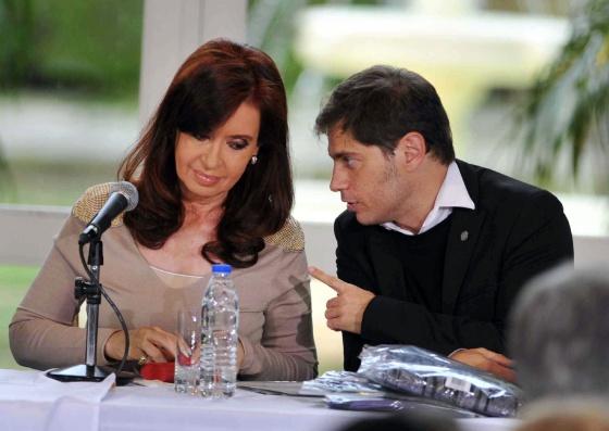 La presidenta argentina junto al ministro de Economía, este jueves