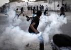 Bahréin ahonda la brecha sectaria al deportar a un clérigo chií
