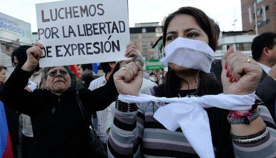 Manifestación por la libertad de expresión, en Quito.