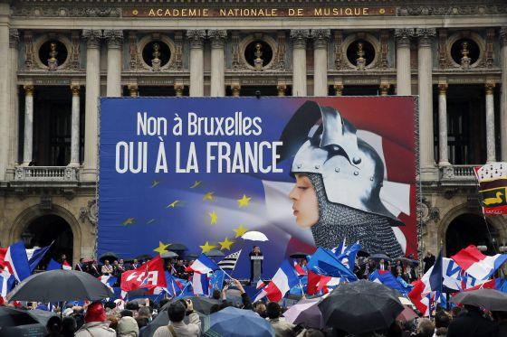 Mitin del Frente Nacional, en Francia, el 1 de mayo.
