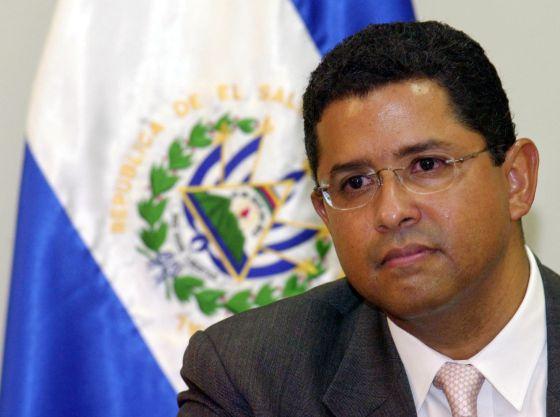 El expresidente salvadoreño Francisco Flores, en 2005
