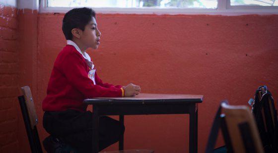 Un alumno en una escuela del centro del Distrito Federal (México)