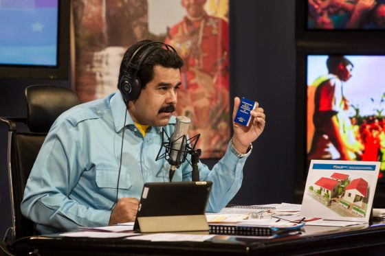 The Venezuelan president during his radio program 'En contacto con Maduro'
